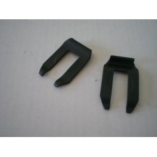 Rubber Stop Fixing Clip 68-79 Pair